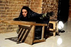 نمایش «کاسپار» ویژه هنرمندان تئاتر،سینما و تلویزیون اجرا میشود