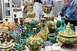 برپایی نمایشگاه لایه چینی حسن رحمانی در سازمان میراث فرهنگی
